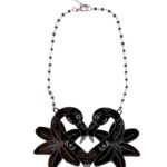 Flamingo Muerto Love &orchidsblack rosarionecklace (Large)