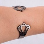 Diamond Black Bracelet HandModel (Large)
